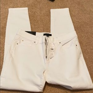 NWT Ann Taylor white skinny ankle jeans